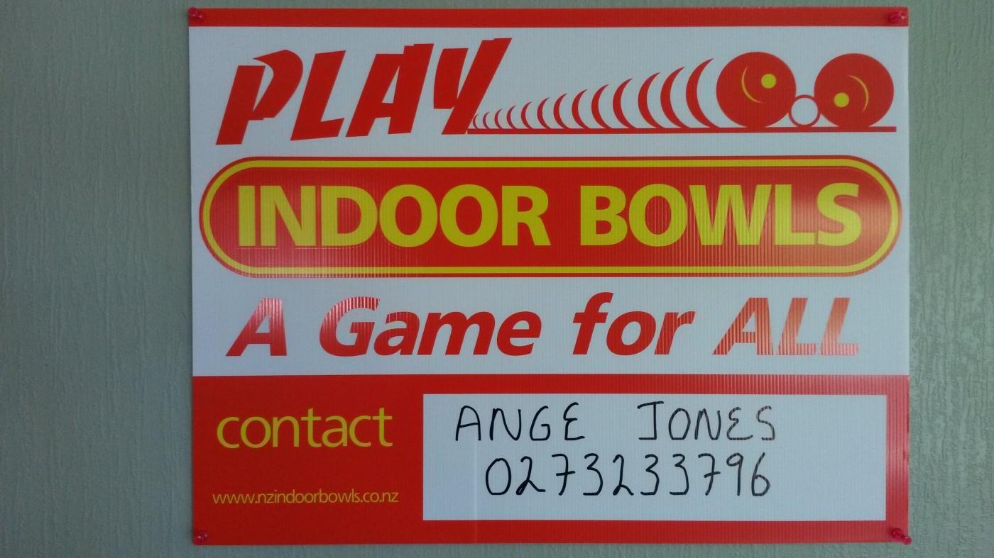 Indoor Bowls